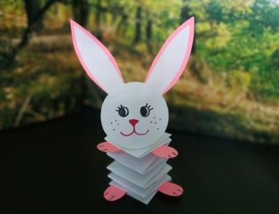 Простая оригами поделка кролика